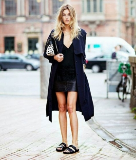 Camille+Charrière+from+Camille+Over+the+Rainbow,+street+style,+all+black,+leather+mini+skirt,+black+slides+sandals,+messy+blond+hair