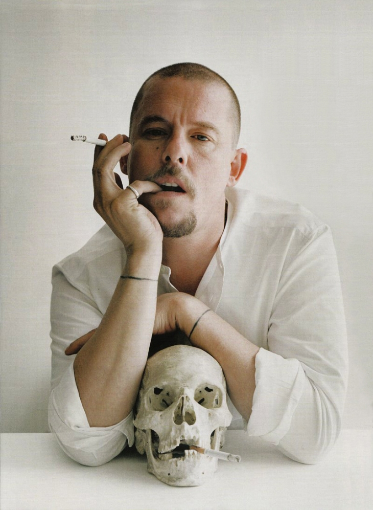 lee_alexander_mcqueen_shop_brands_tax_free1.jpg