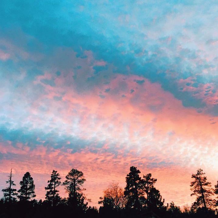 bb5988408a020c971af94ba08bad2324--tumblr-sky-tumblr-sunsets.jpg